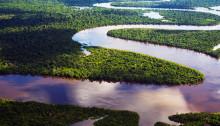 Le fleuve Nanay, un affluent du fleuve Amazone au Pérou.